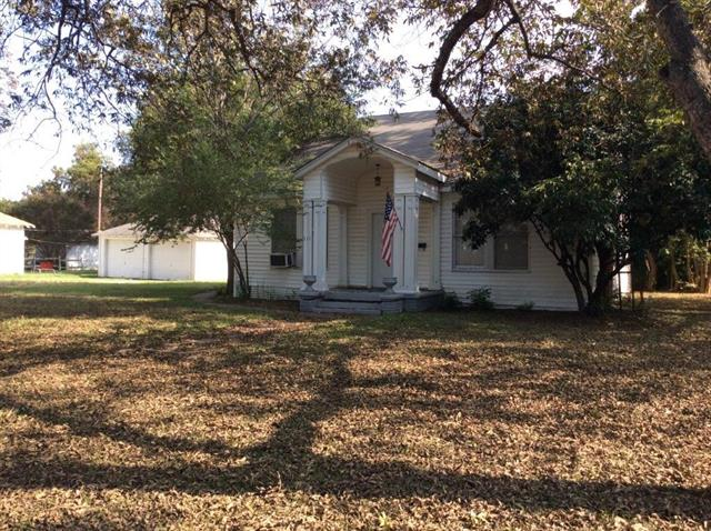 Photo of 311 SW 3rd  Kerens  TX