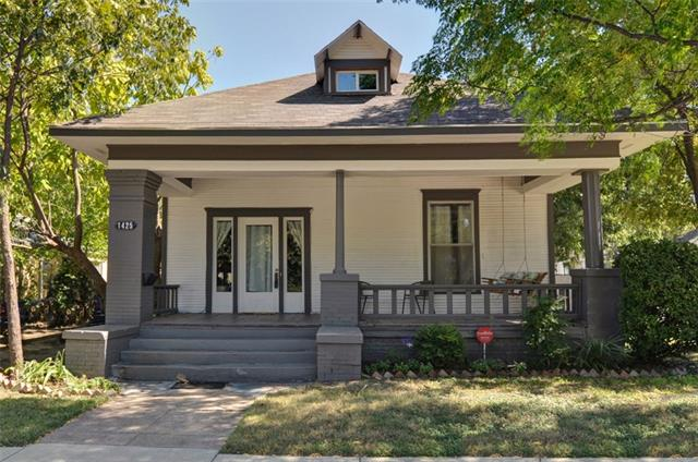 Photo of 1425 6th Avenue  Fort Worth  TX