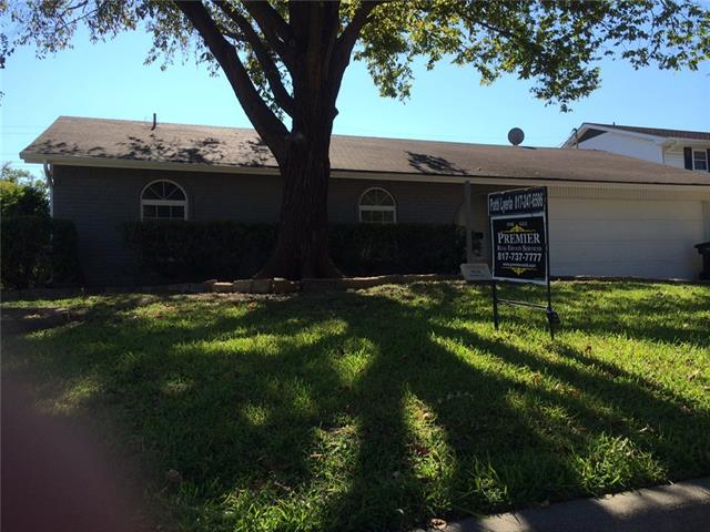 Photo of 3016 Portales Drive  Fort Worth  TX