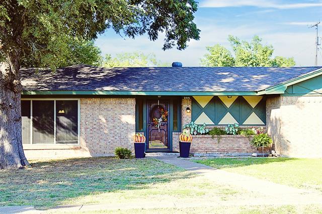 Photo of 308 W Collin Street  Leonard  TX