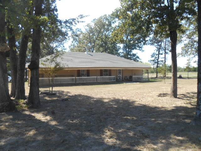 Photo of 3941 County Road 4306  De Kalb  TX