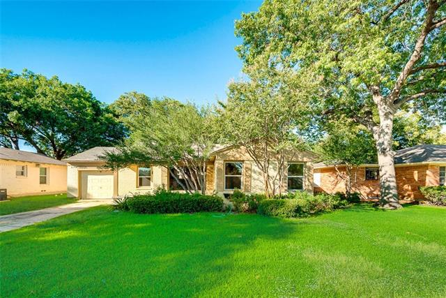Photo of 10321 Lynford Drive  Dallas  TX