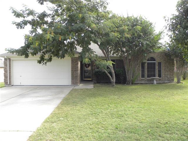 Photo of 210 Whitestone Way  Weatherford  TX