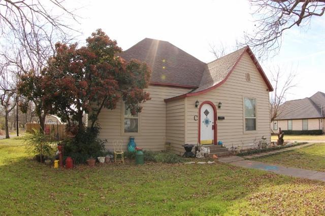 Photo of 505 Pecan Avenue  Wills Point  TX
