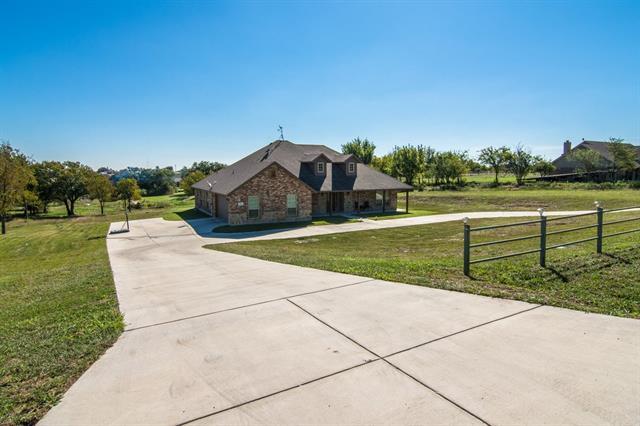 Photo of 230 Newsom Mound Road  Weatherford  TX