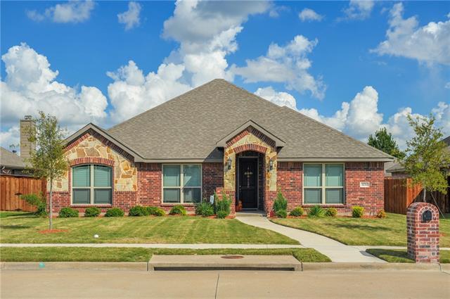 3030 Carlton Pkwy, Waxahachie, TX 75165