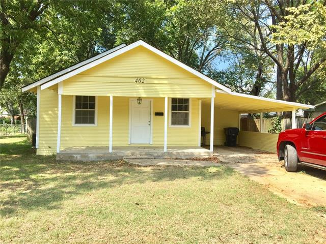 Photo of 402 S 8th Avenue  Teague  TX