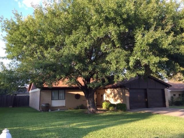 Photo of 520 Cole Avenue  Saginaw  TX
