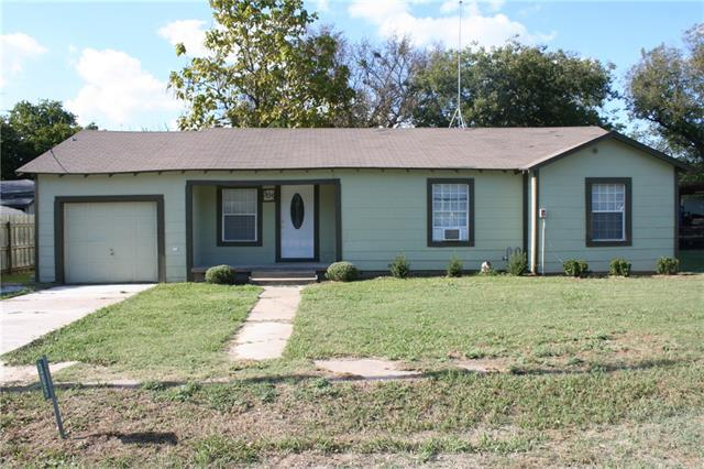 Photo of 305 E Wilkerson Street  Itasca  TX