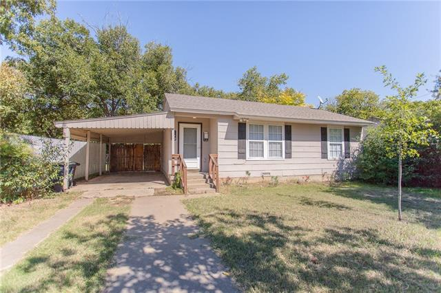 Photo of 4829 Lyndon Drive  Fort Worth  TX
