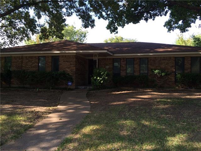 Photo of 131 Mantlebrook Drive  DeSoto  TX