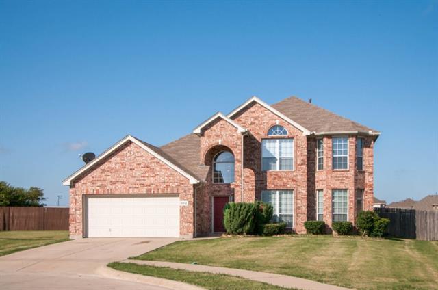 8812 Viridian Ln, Fort Worth, TX 76123