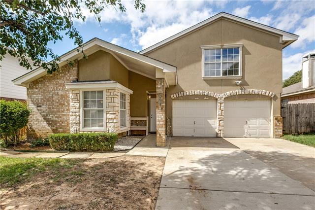 Photo of 5552 Creekridge Drive  Arlington  TX
