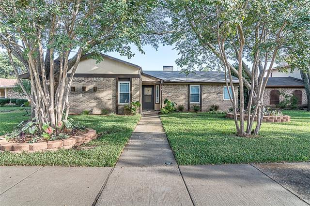 Photo of 722 Villa Ridge Drive  Garland  TX