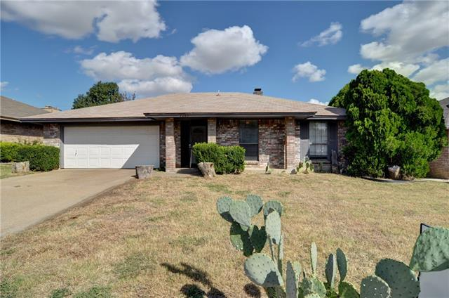 Photo of 7205 S Meadow Drive E  Fort Worth  TX
