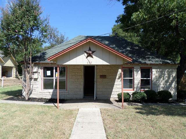 Photo of 317 E Franklin Street  Grapevine  TX