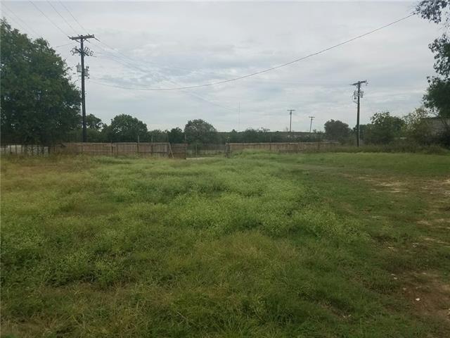 1609 S Main St, Cleburne, TX 76033