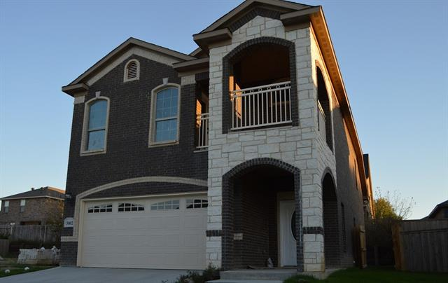 Photo of 3002 Casa Bella Drive  Arlington  TX