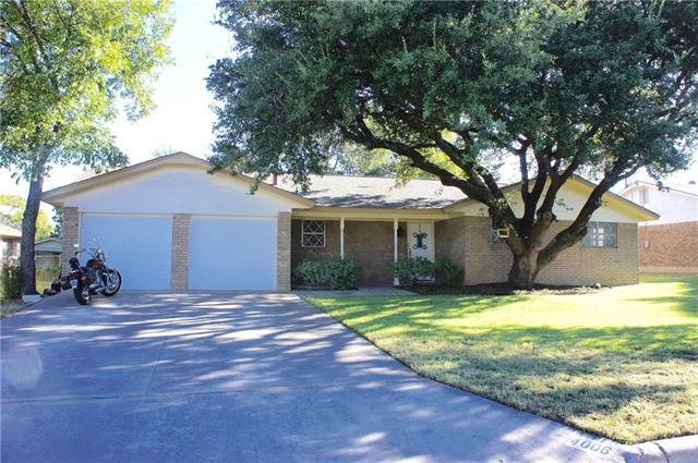 4006 9th St, Brownwood, TX 76801