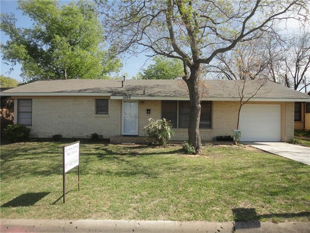 Photo of 1009 Euclid Street  Cleburne  TX