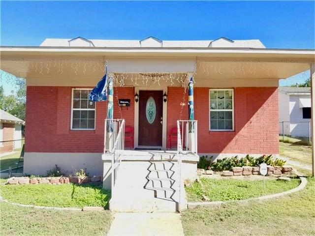 Photo of 2708 Mckinley Avenue  Fort Worth  TX