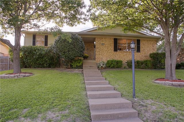 Photo of 9837 Queenswood Lane  Dallas  TX