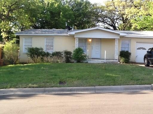 Photo of 5908 Maceo Lane  Fort Worth  TX