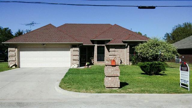1807 Carpenter St, Bridgeport, TX 76426