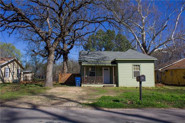 Photo of 2521 W Walker Street  Denison  TX