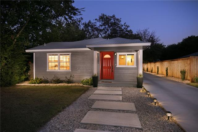 Photo of 1105 Poindexter Avenue  Cleburne  TX