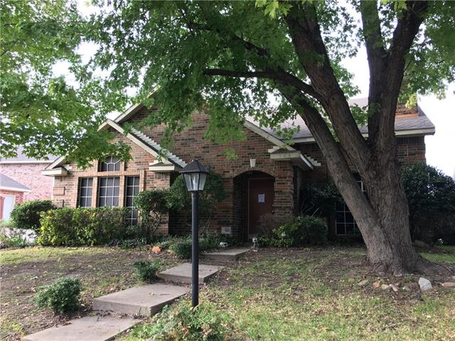 Photo of 703 Austin Drive  DeSoto  TX