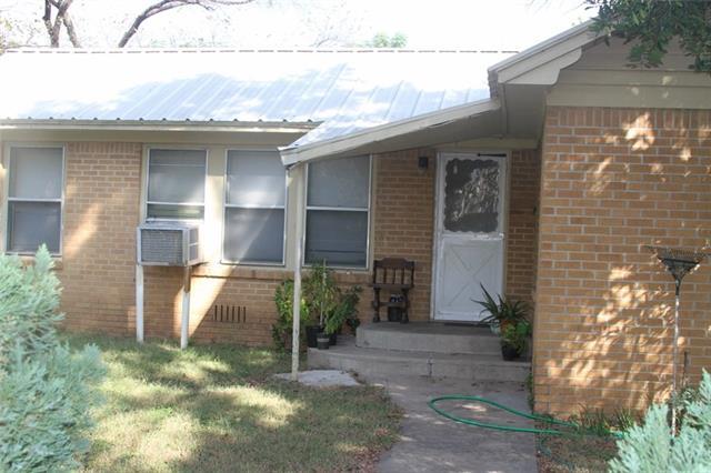 401 Greathouse St, Bridgeport, TX 76426