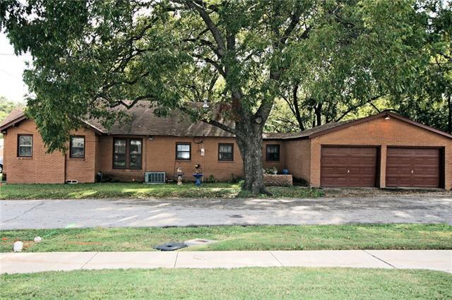 Photo of 509 Farley Street  Waxahachie  TX