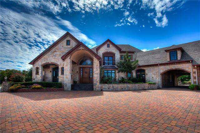 302 Bluff Ridge Rd, Weatherford, TX 76087