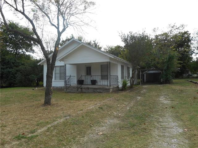 Photo of 508 Cherry Street  Bowie  TX