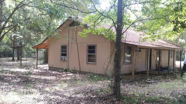 3048 County Road 3390, Crockett, TX 75835