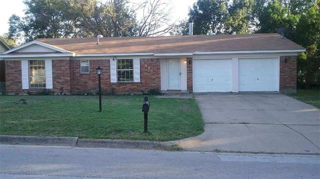 Photo of 5205 Whistler Drive  Fort Worth  TX