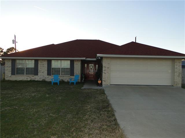 Photo of 105 Carroll Drive  Teague  TX