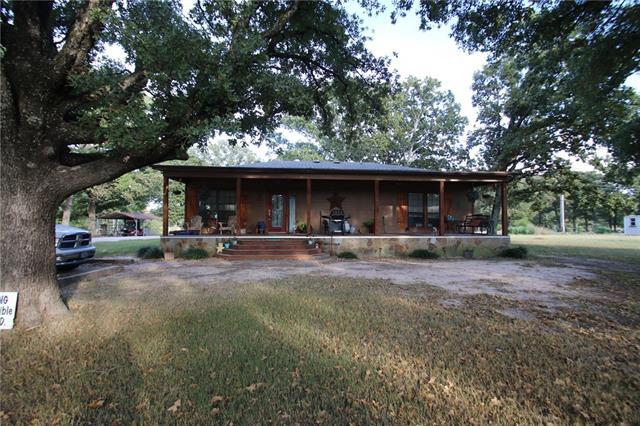 135 County Road 1137, Lone Oak, TX 75453