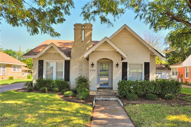 Photo of 2232 N Sylvania Avenue  Fort Worth  TX