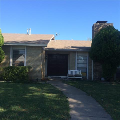 Photo of 2940 Winterberry Drive  Carrollton  TX