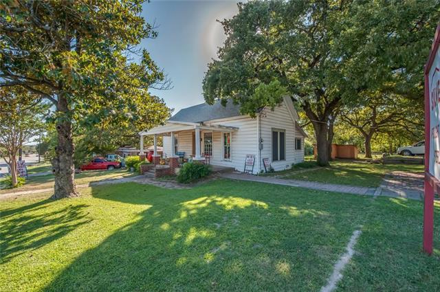 1513 N Main St, Weatherford, TX 76086