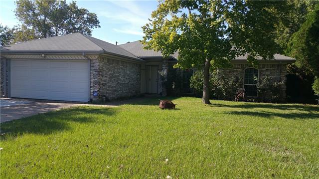 Photo of 636 S Waxahachie Street  Mansfield  TX