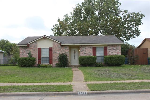 5704 Pearce Street, The Colony in Denton County, TX 75056 Home for Sale