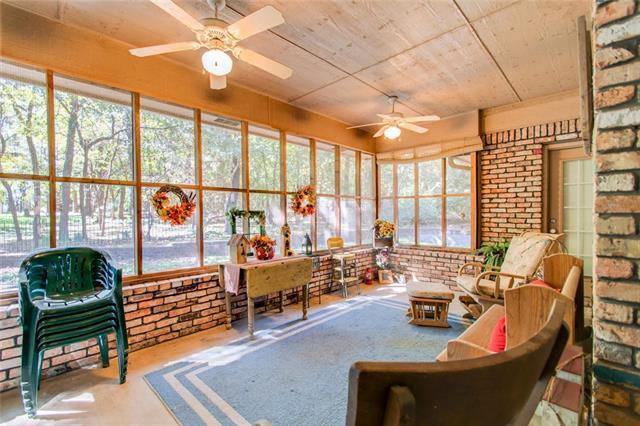 Photo of 1050 Oak Hollow Lane  Seagoville  TX