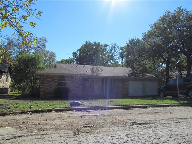Photo of 4720 Woody Lane  Forest Hill  TX
