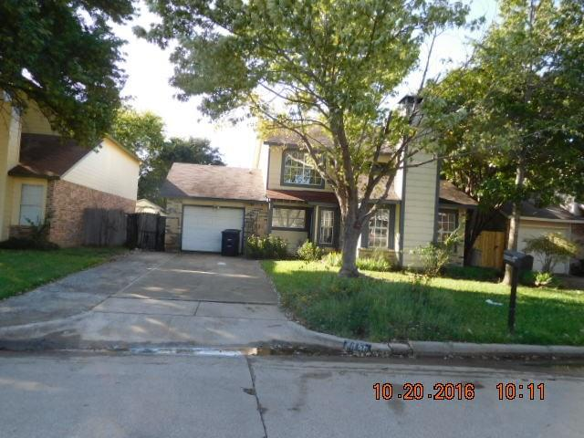 Photo of 4636 Waterway Drive N  Fort Worth  TX
