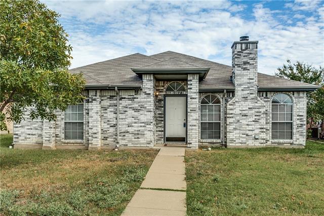 1304 Maple Ridge Dr, Mesquite, TX 75149