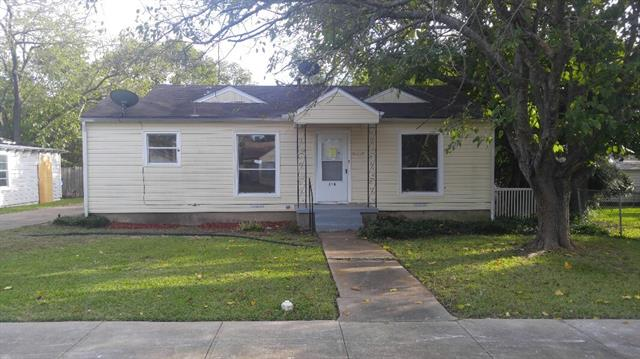 Photo of 218 W 7th Street  Lancaster  TX