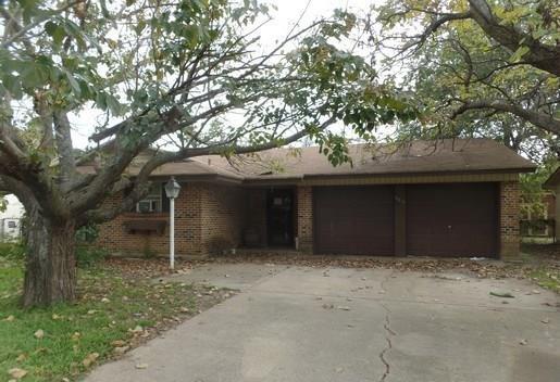 Photo of 14212 Seminole Street  Balch Springs  TX